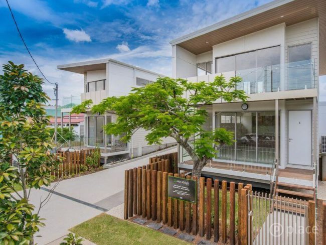 14 eversley tce yeronga